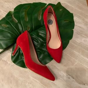 Kate spade red pointy toe pumps 7